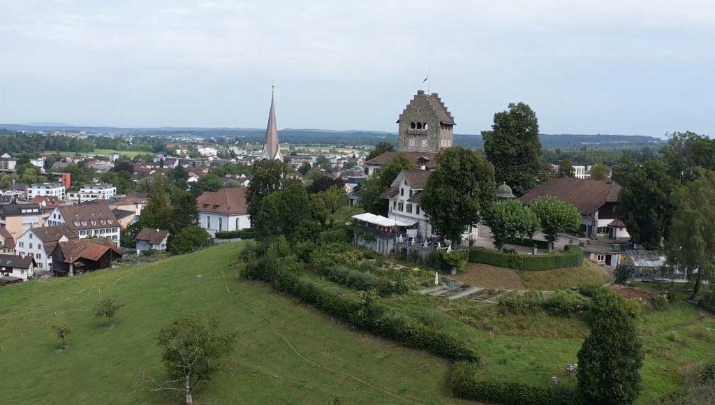 149 Schlossblick Uster (1).mp4.00_04_12_02.Standbild001